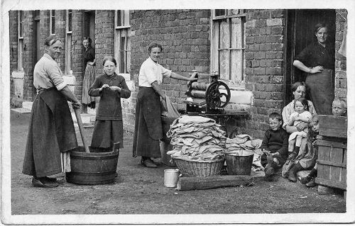 Shottstown_washer_women