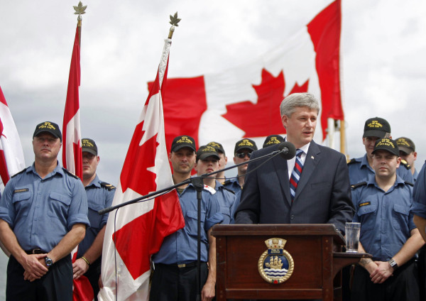Harper with troops