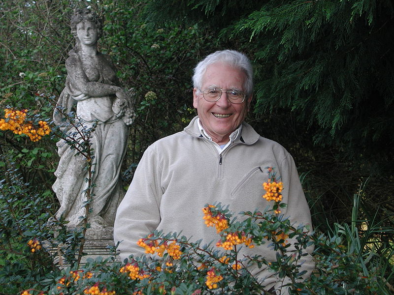 800px-James_Lovelock_in_2005