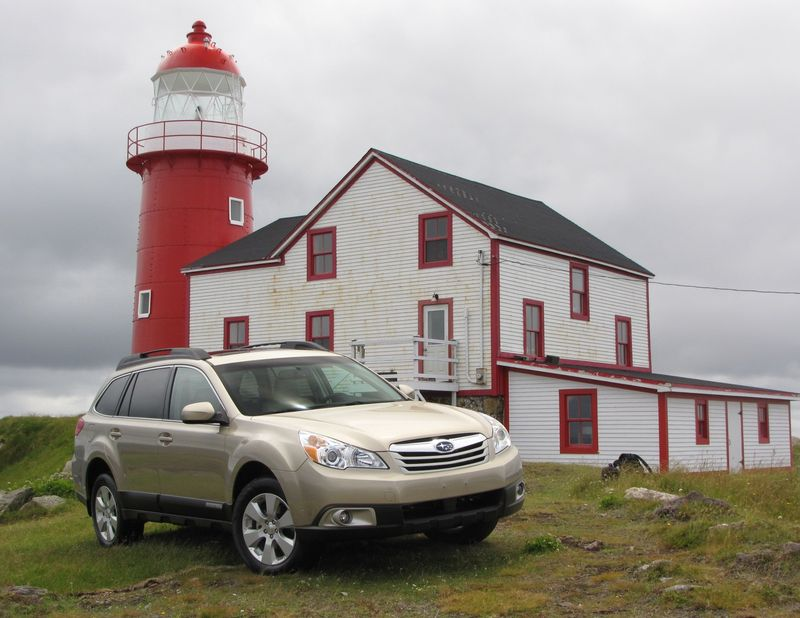 Subaru Outback lighthouse
