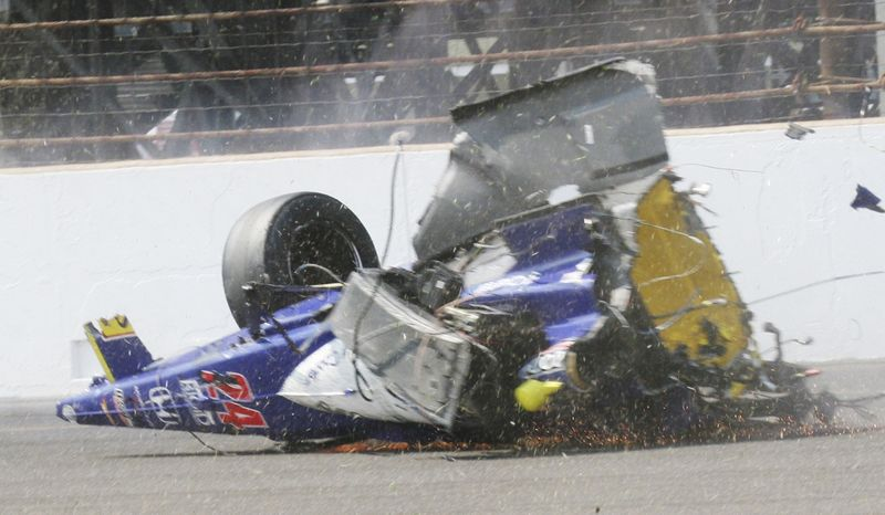 Indy crash 006