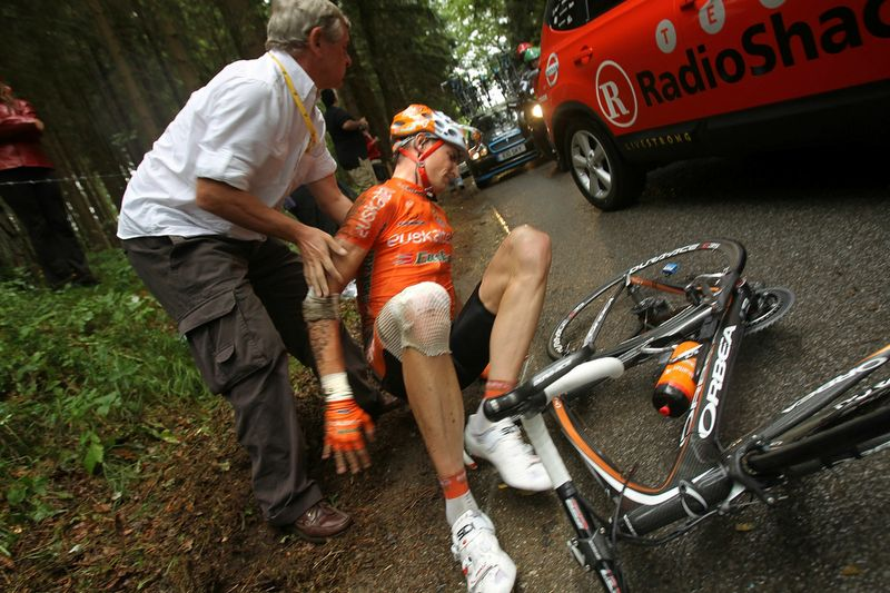 TdF Crash 002
