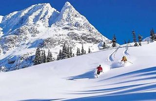 Whistler-blackcomb-season-opening-in-november-22_1