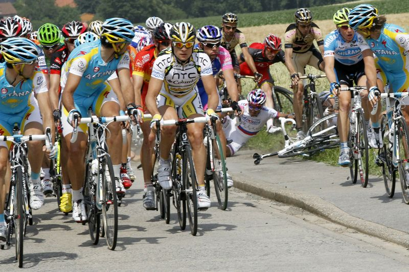 TdF Crash 007
