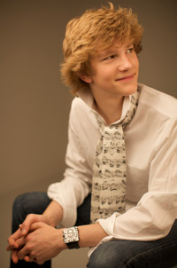 Jan-Lisiecki-NEW-Aug-2010-(credit-Andras-Schram)