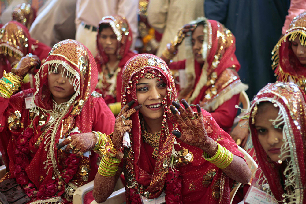 APTOPIX India Mass Marriage