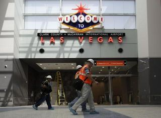 New-terminal-adds-glitz-to-Las-Vegas-airport-LS1KR954-x-large