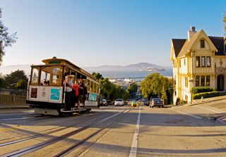 San-francisco-anchor-cable-car-full