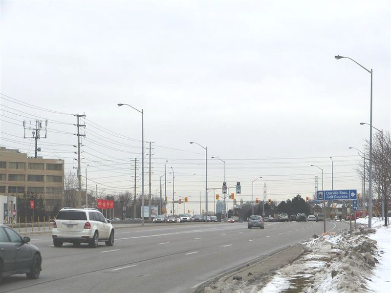 Erin Mills and Eglinton (Medium)