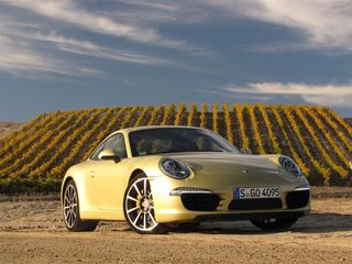 Porsche Carrera S front (Medium)