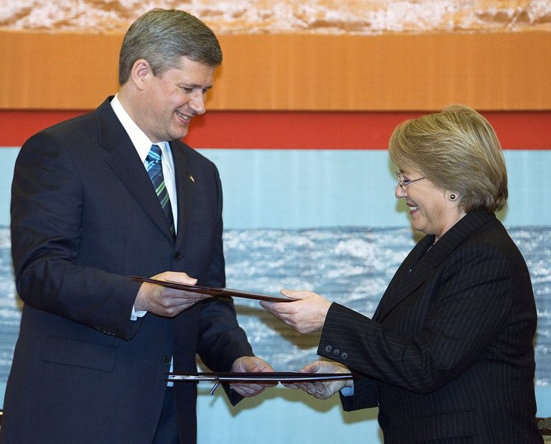 BACHELET AND HARPER BLOG