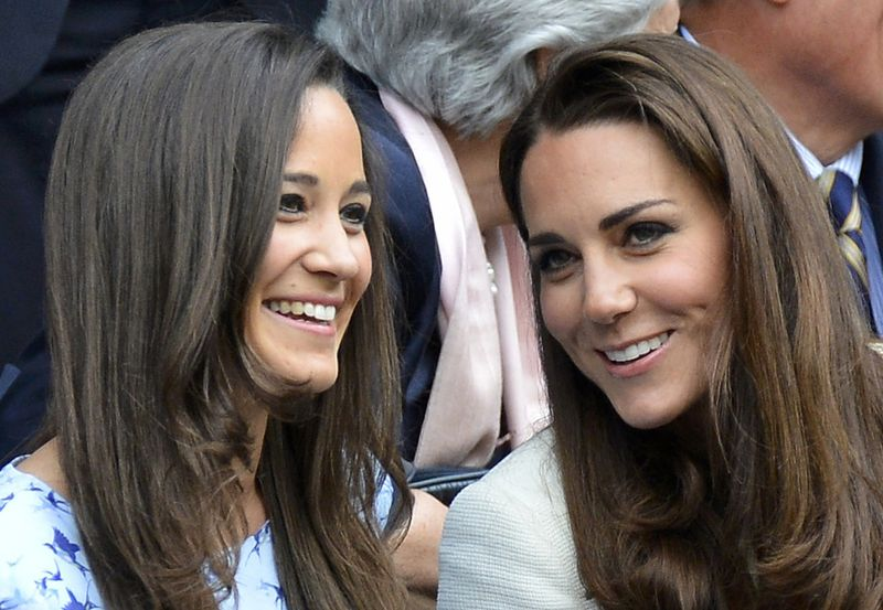 Pippa Middleton and Kate Middleton1