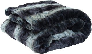 Urban Barn-Spotted Lemur Faux Fur Throw