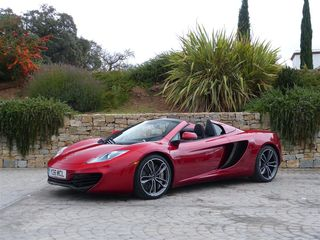 Kenzie McLaren MP4-12C Spider red LF 34 1 (Medium)
