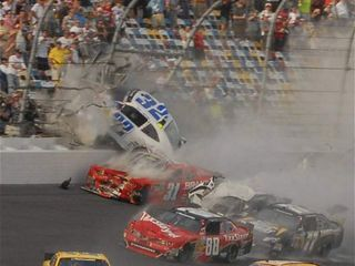 Daytona crash photo