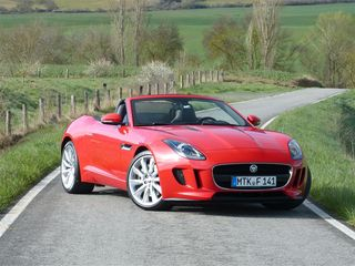 Kenzie Jaguar F-Type V6 red RF 34 1 (Medium)