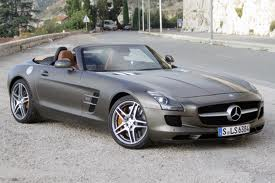 Mercedes Benz SLS Road